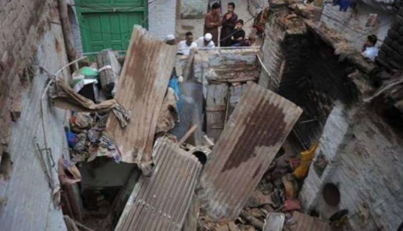 Two killed as roof collapses due to heavy rains in North Waziristan