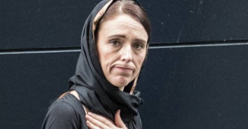 NZ's PM visits Wellington's Mosque to express solidarity with Muslim community
