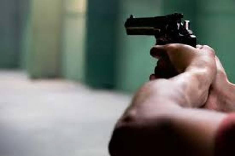 Man kills wife, daughter over domestic dispute in Karachi