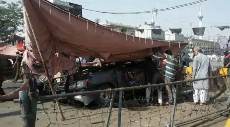 10 martyred, 30 injured in explosion near Data Darbar in Lahore