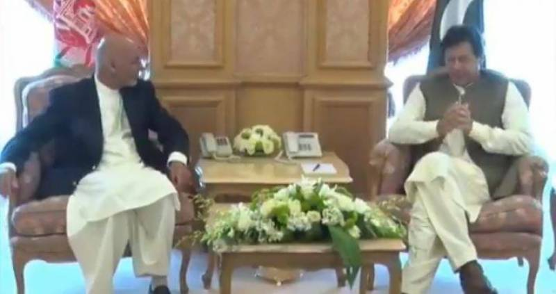 PM Imran discusses bilateral ties, regional situation with Afghan President Ghani