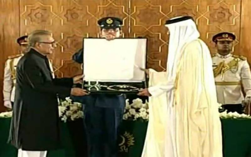 President Arif Alvi confers Nishan-e-Pakistan on Emir of Qatar