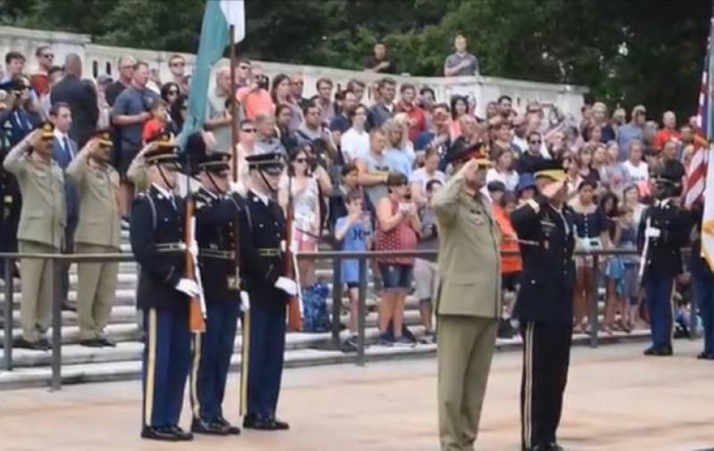 COAS Bajwa meets US Secretary of State, military leadership