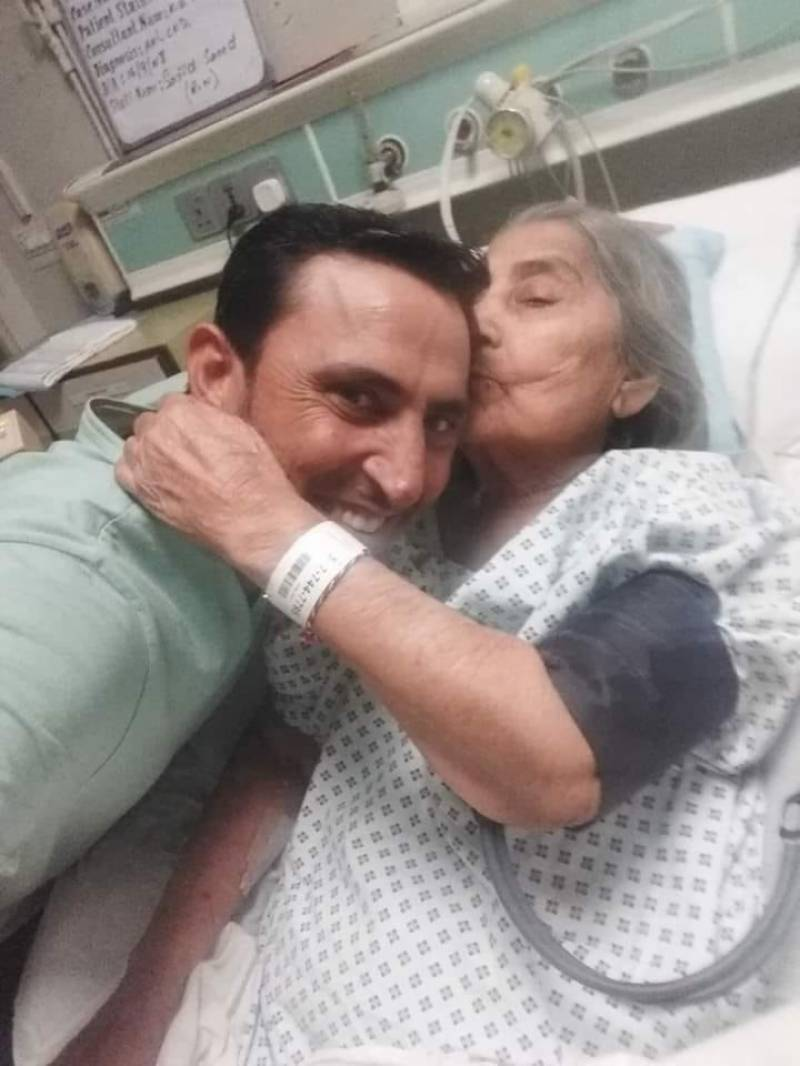Younis Khan's mother passes away