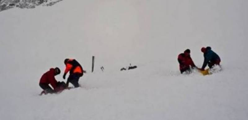 Turkey avalanche leaves at least 23 dead: officials