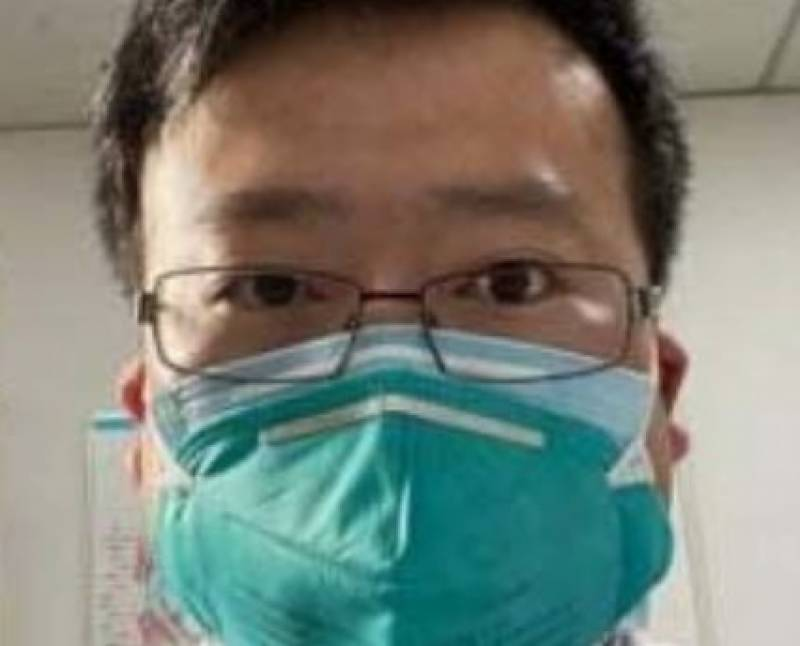 Chinese doctor who was punished for early coronavirus warning dies of disease