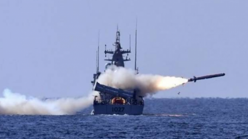 Pakistan Navy successfully demonstrates anti-ship missile firing in Arabian Sea