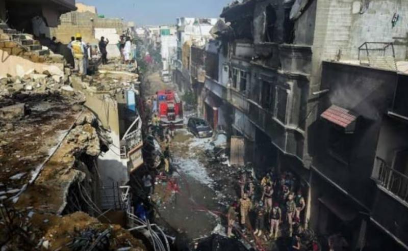 PIA plane crash: Sindh health ministry confirms 97 deaths, 2 survivors