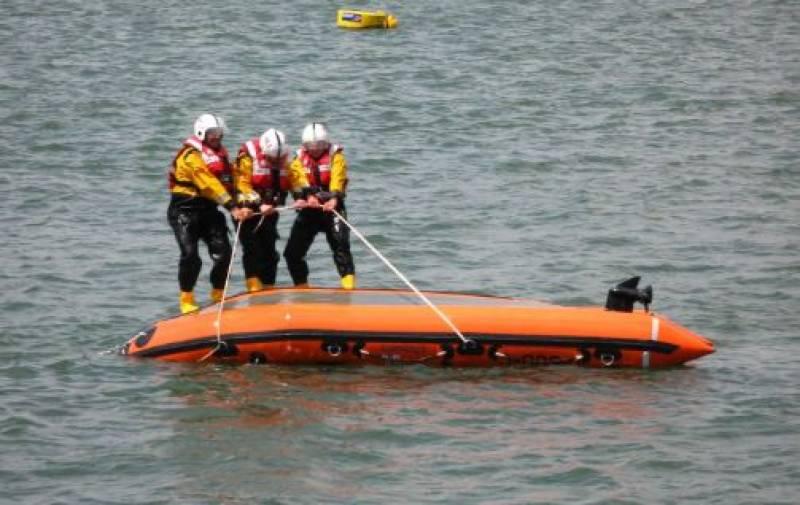 10 member of same family die as boat capsizes in Keenjhar lake