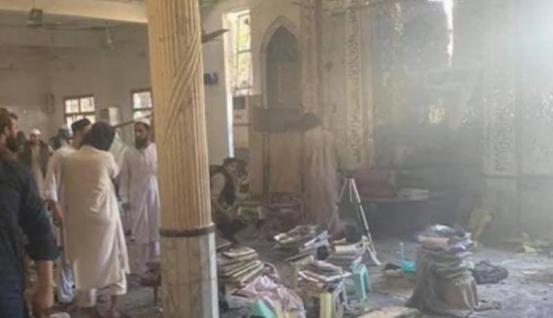At least 8 dead, over 100 injured in Peshawar seminary blast