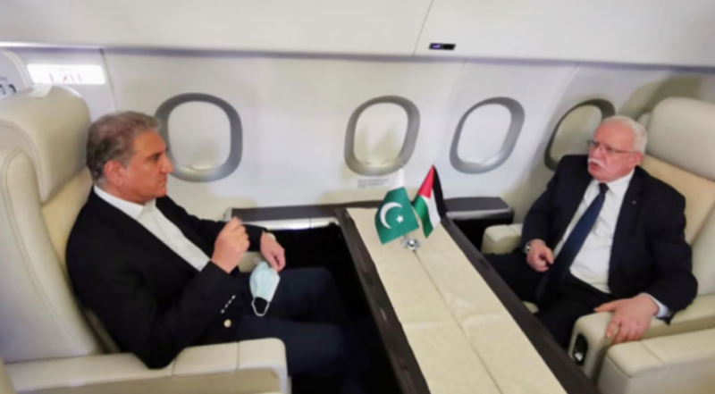 FM Qureshi leaves for US to highlight Israeli atrocities in Palestine