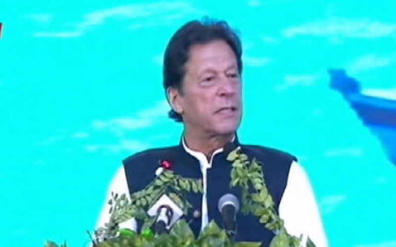 PM Imran urges developed world to support countries vulnerable to climate change
