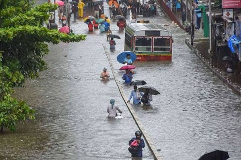 landslides, western, india, kill, trapped, floods, neo tv