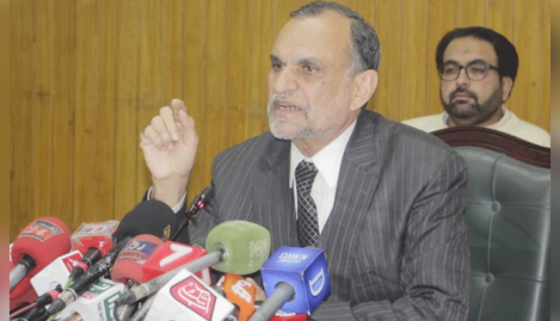 Federal minister Azam Swati accuses ECP of taking bribes