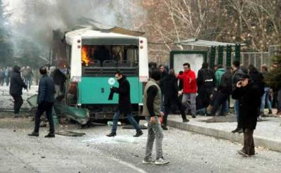 Car bomb targets off-duty soldiers leaves 13 dead, 48 injured in Turkey