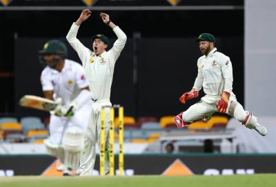 Day-night Test final day: Australia won by 39 runs