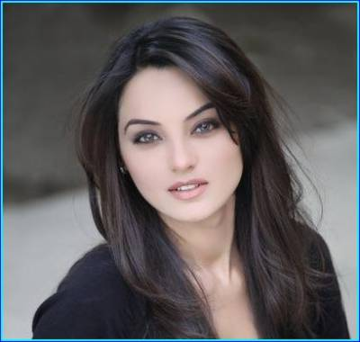 Watch: Khuda Aur Muhabbat's actress Saadia Khan in R-RATED Indo-Pak Gay-Love Story