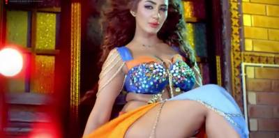 Video: Mathira's boldest dance for 'Blind Love', even unnoticed by censor board