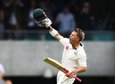 Australia 365-3 at Stumps thanks to Warner, Renshaw tons