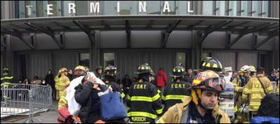Over 100 injured in New York train derailment