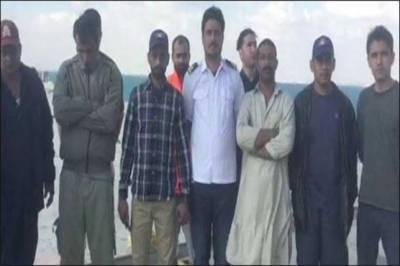 Stranded Pakistanis in Egypt finally returns to Karachi