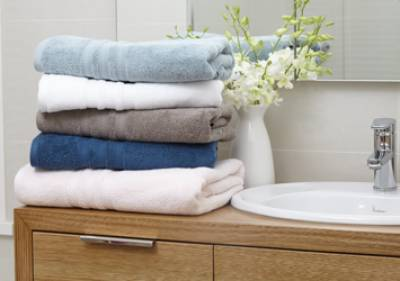 Bath towel needs frequent wash: Health experts