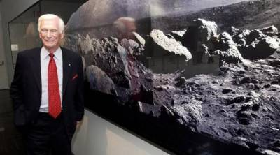 Last man to walk on moon, dies at 82