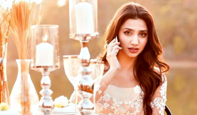 Mahira becomes first Pakistani to join Bollywood's 100 Crore Club