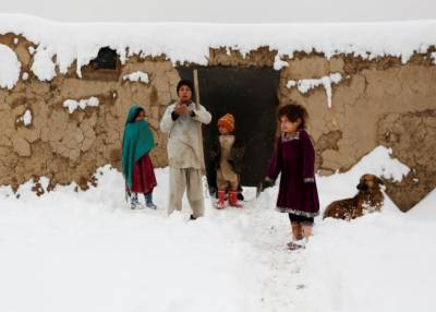 Dozens killed as heavy snow blankets parts of Afghanistan, Pakistan