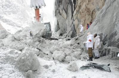 Area evacuated in Skardu as glacier glides towards population