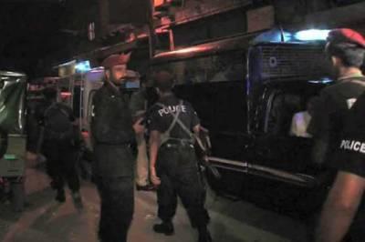 Karachi police raid, 1 dead, 24 detained