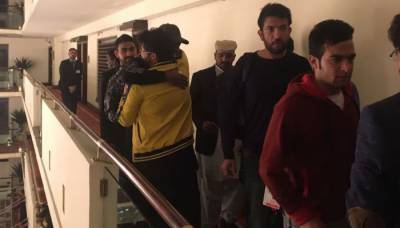 PSL 2017: Foreign players of Zalmi, team staffers of Gladiators reach Lahore