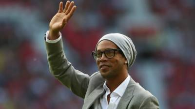 Football legend Ronaldinho to visit Pakistan