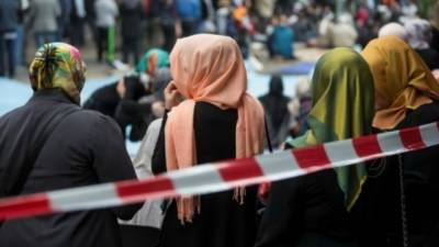 Employer can bar female staff from wearing Islamic headscarves: court