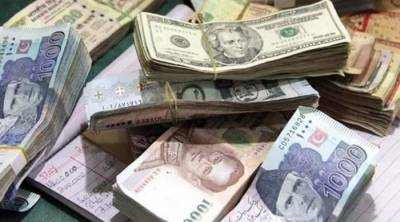 FIA recovers millions from currency exchange, six detained