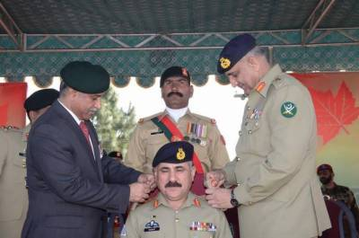 COAS Bajwa hails contributions of AK Regiment