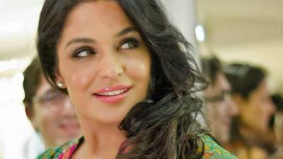 Meera entangles another controversy in Dubai