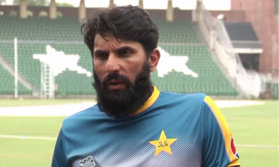 Misbah-ul-Haq announces retirement from Test cricket