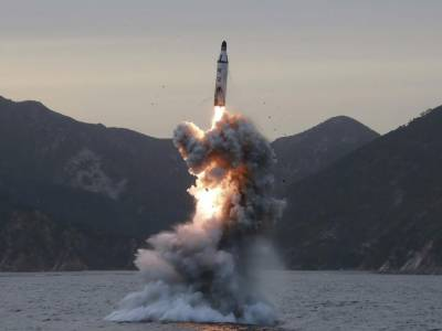 North Korea  threatnes America to attack and sink the US submarine in Korean waters