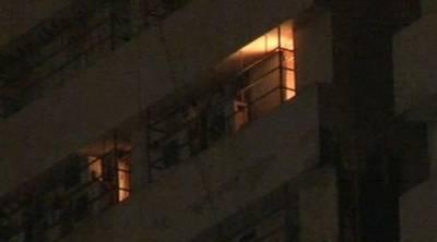 Massive fire extinguished after Karachi building ablaze thrice