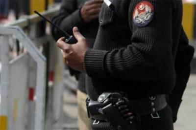 Police constable guns down 'mentally unstable' man in Mardan