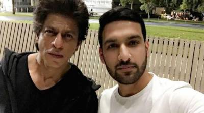Zaid Ali's selfie with King Khan becomes internet sensation