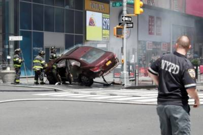 One dead, 22 injured as car slams into Times Square pedestrians