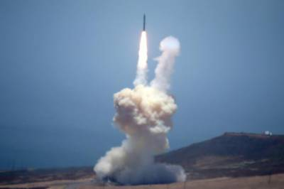 US successfully tests ICBM defense system