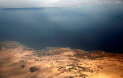Egypt court halts all verdicts on islands transfer deal