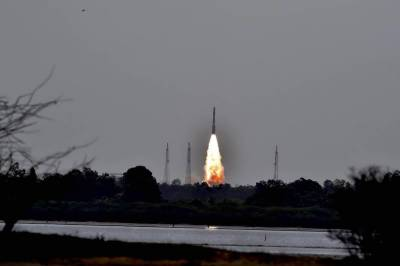 India sends 31 satellites into space