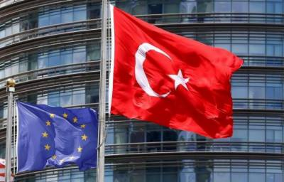 EU parliament calls for Turkey accession talks to be suspended