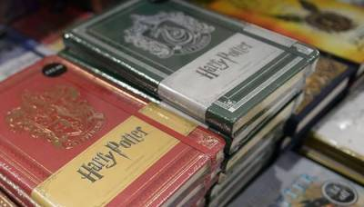 Harry Potter series set to release 2 new books in October