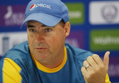 Pakistan coach Mickey Arthur to meet PCB officials today