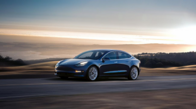Tesla delivers first Model 3 electric cars